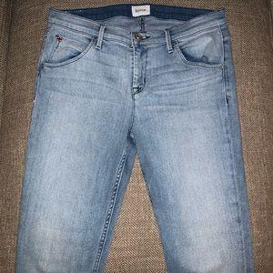 EUC Hudson Midrise Crop Bailee Jeans Size 29.